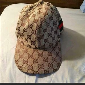 Gucci Hat no authentic